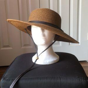 Accessories - Sloggers wide brim gardening hat 🎩